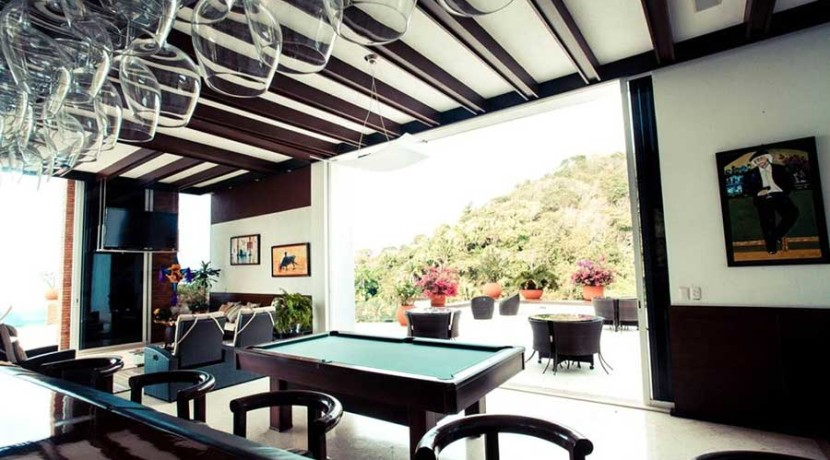 RELAX-Y-POOL-TABLE-(1)